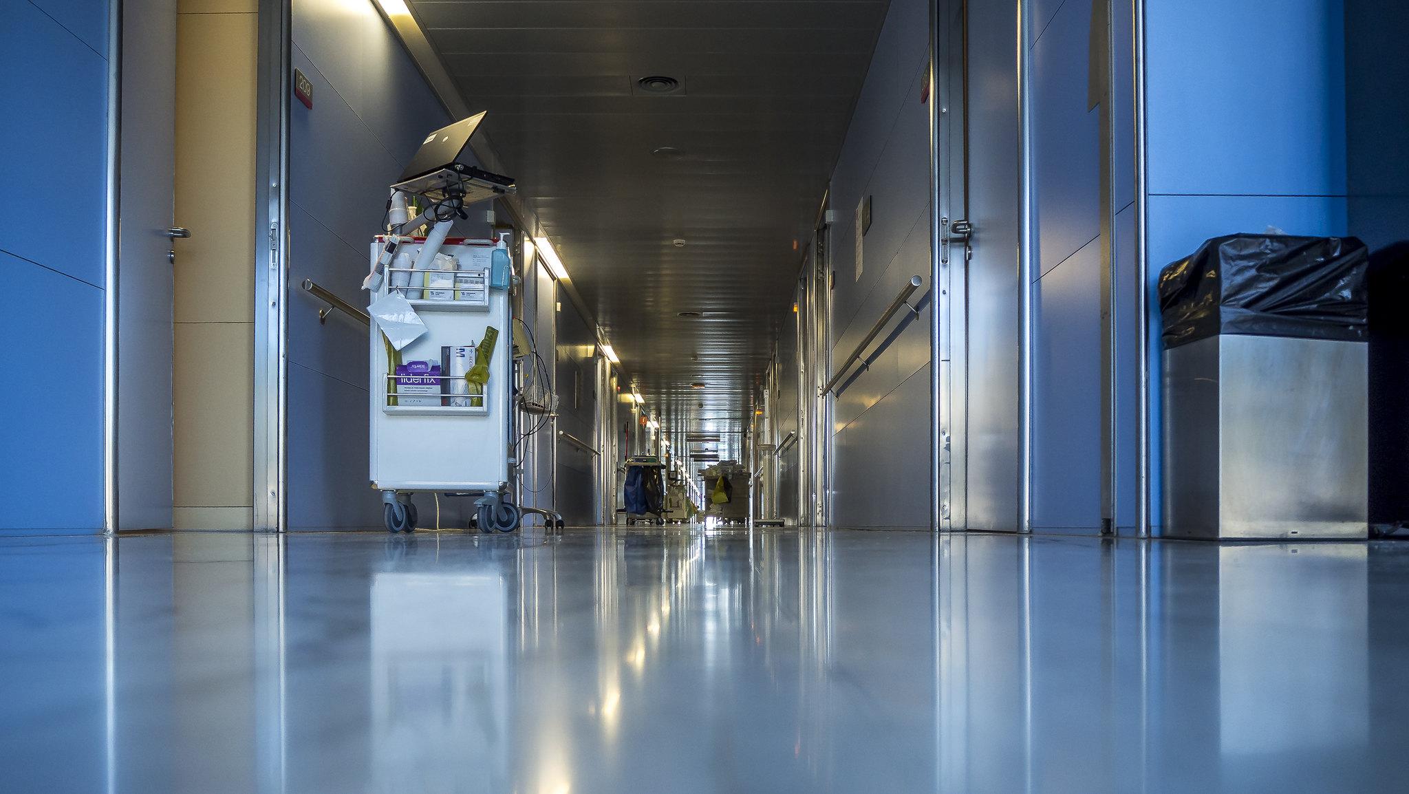 疫情期間強迫基調,負時數累積跟肝指數一樣高,護理師還是只能含淚吞!-COVID-19