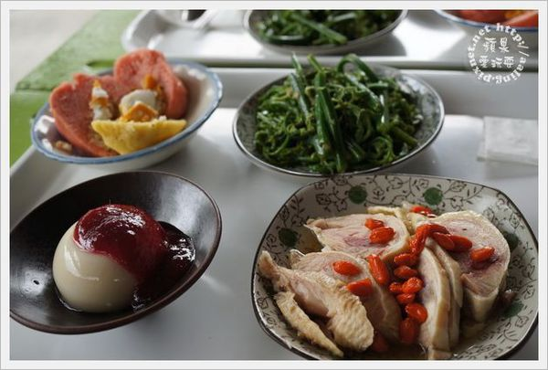 台東池上‧阿婆婆米食館~沒有菜單的慢食套餐-阿婆婆米食館