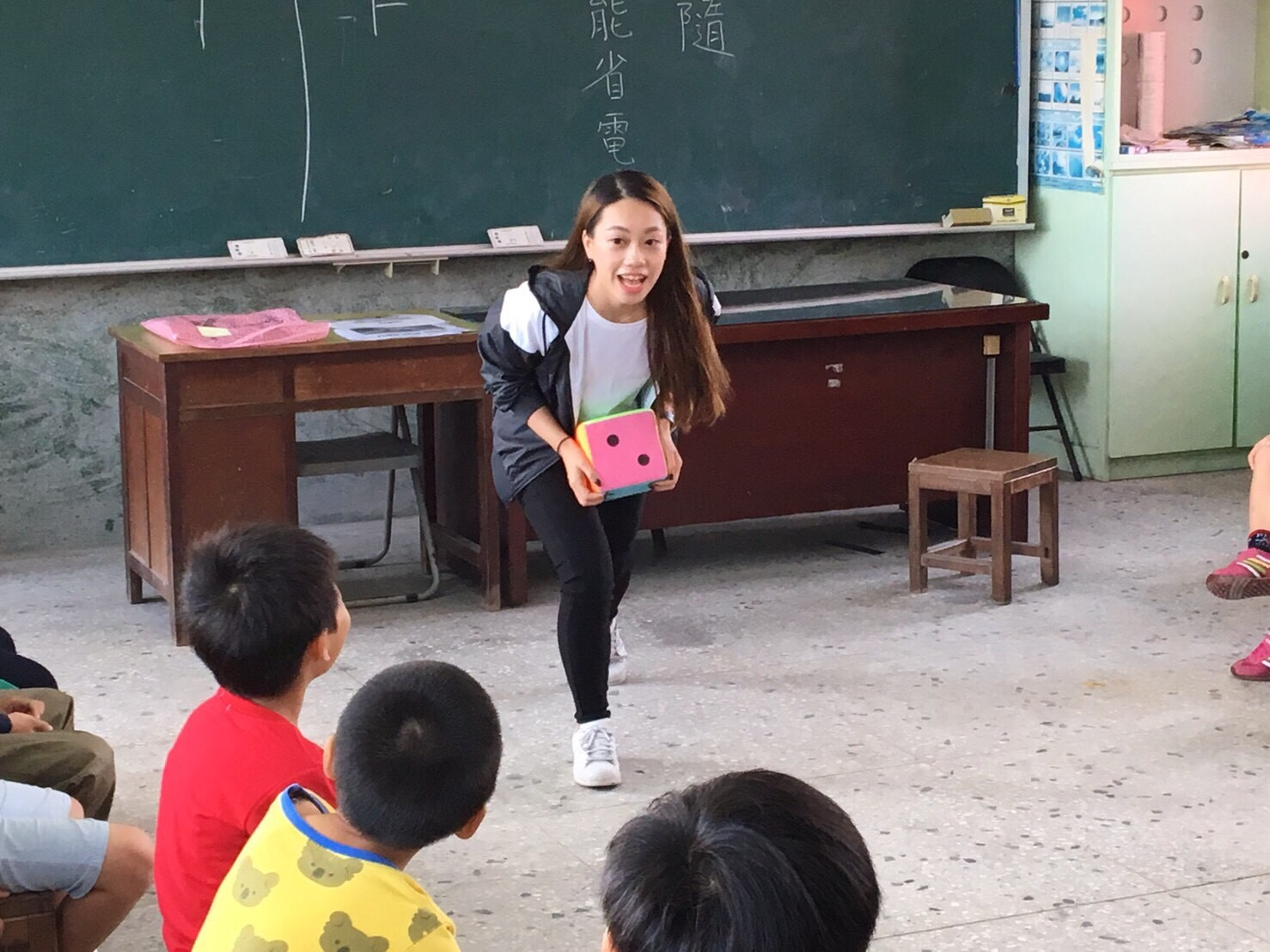 大手攜小手共創英語學習新契機, 湖內區英語繪本親子共讀展成果-校園新聞
