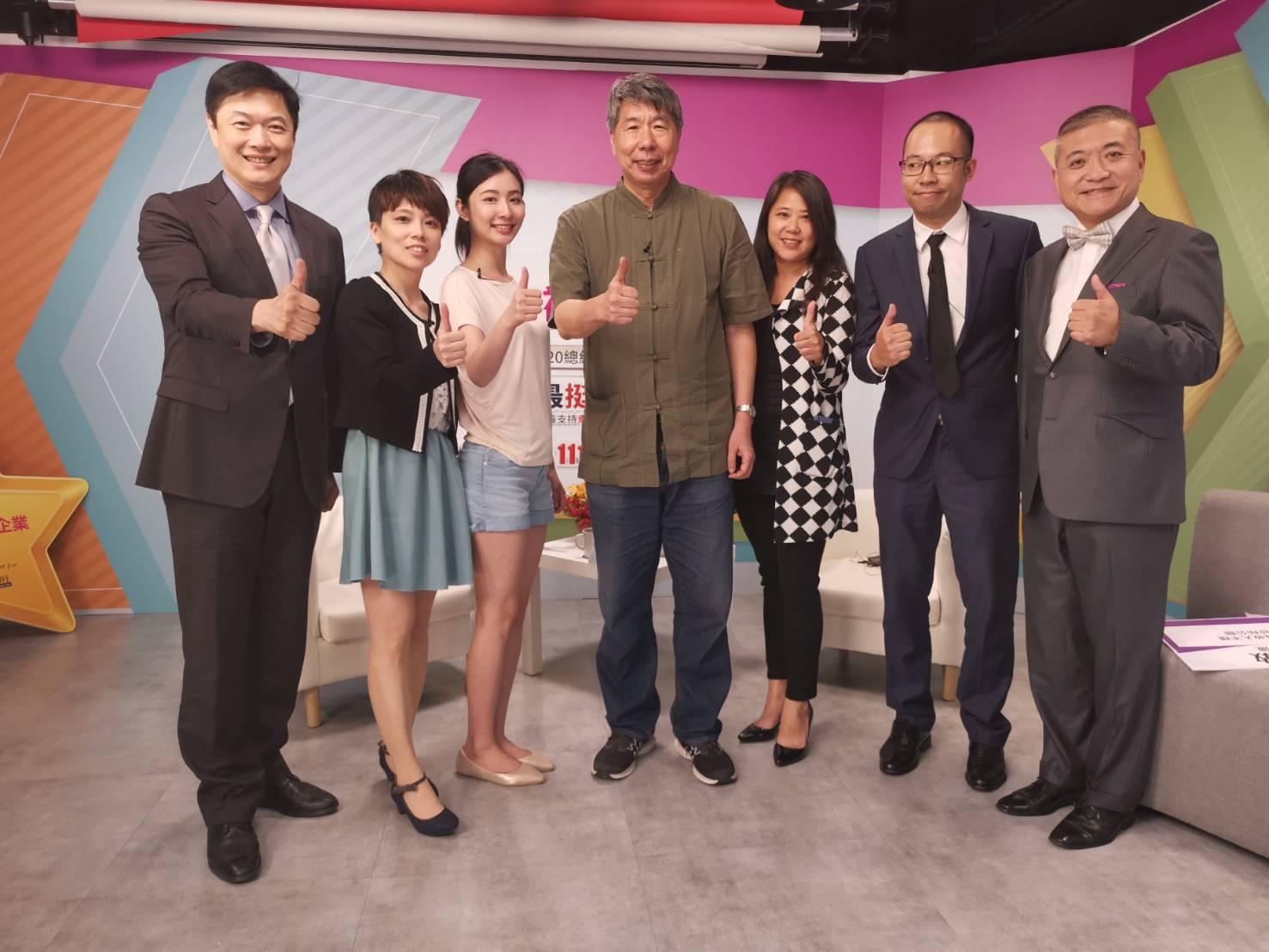 總統參選人張亞中赴1111直播 倡議和平、開放、共治、均富、美德-1111
