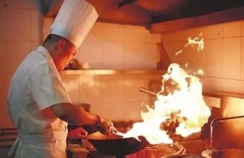 老闆選用廚師,不看能力,看「三點」!-細節