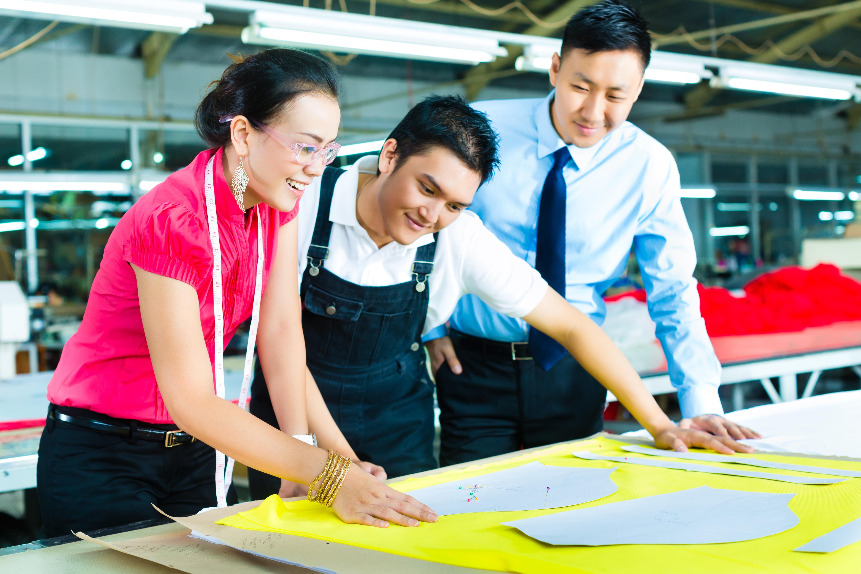 吳鳳科技大學協助社區居民活化原衣再利用成果發表走秀-成果發表