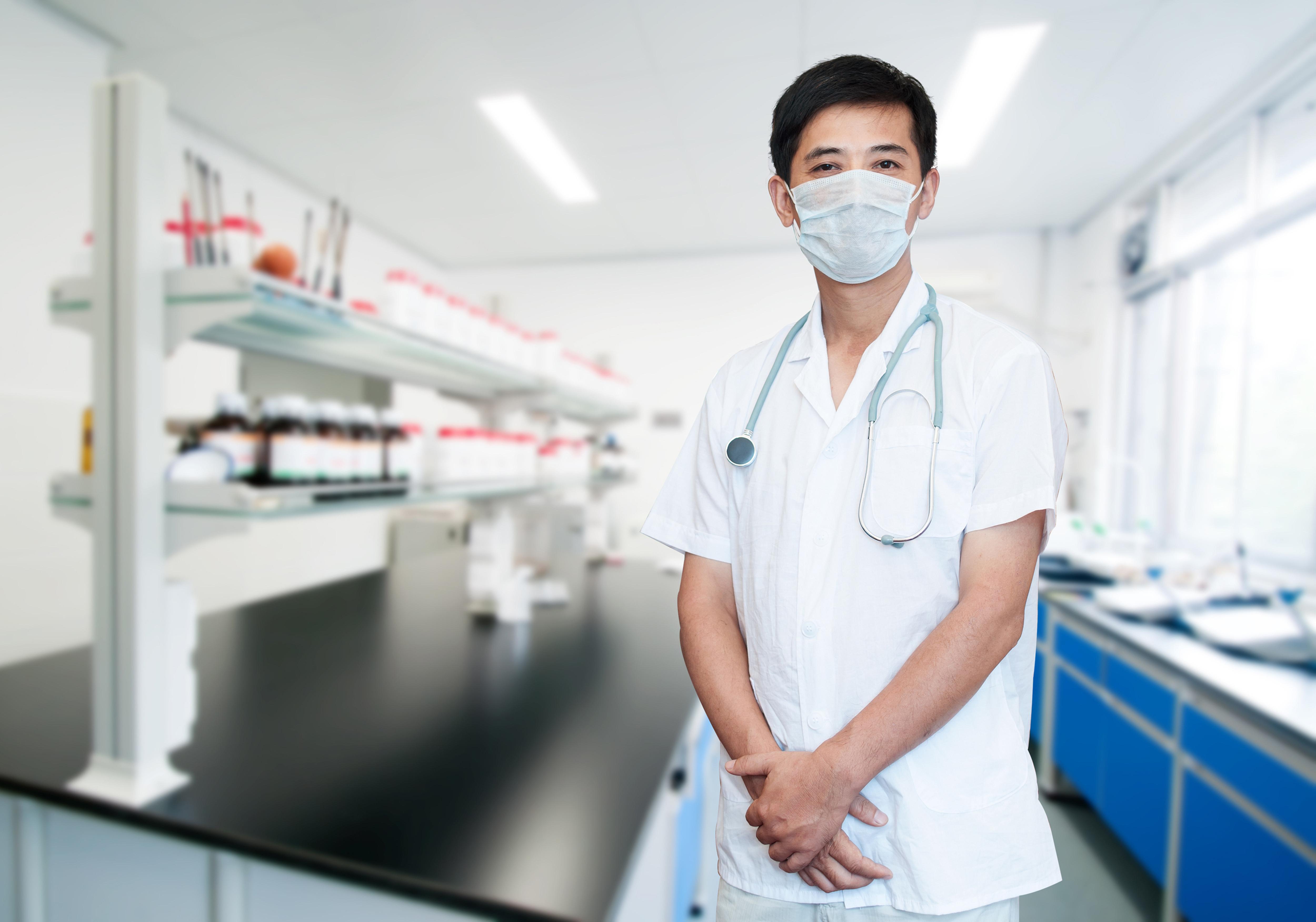 躍獅藥局整合產學研、攜手東海大學 智慧藥局行動車開跑-東海大學
