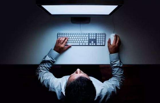 【簡文成專欄】有關休息日加班工時究應以幾小時併入每月加班工時上限46小時計算?-HR