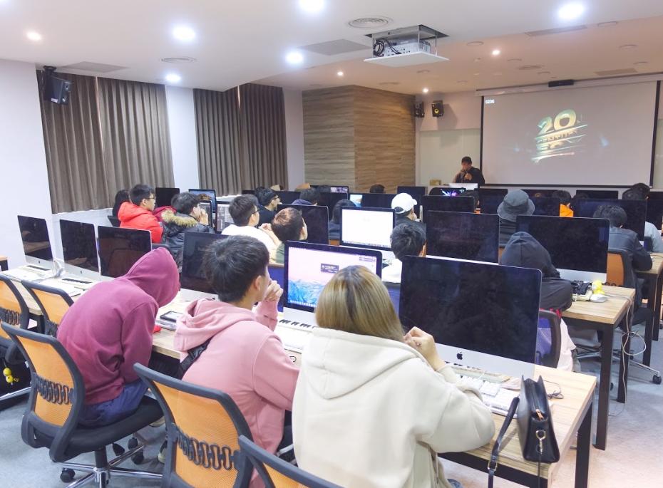 龍華科大/全面AI化     培育無國界跨領域人才-升大學指南