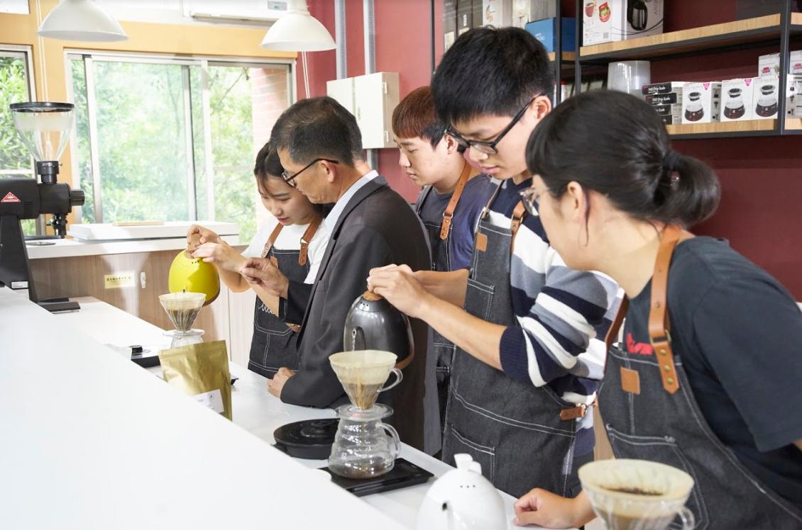 國立暨南國際大學/承托南向  傳揚中華文化 -升大學指南