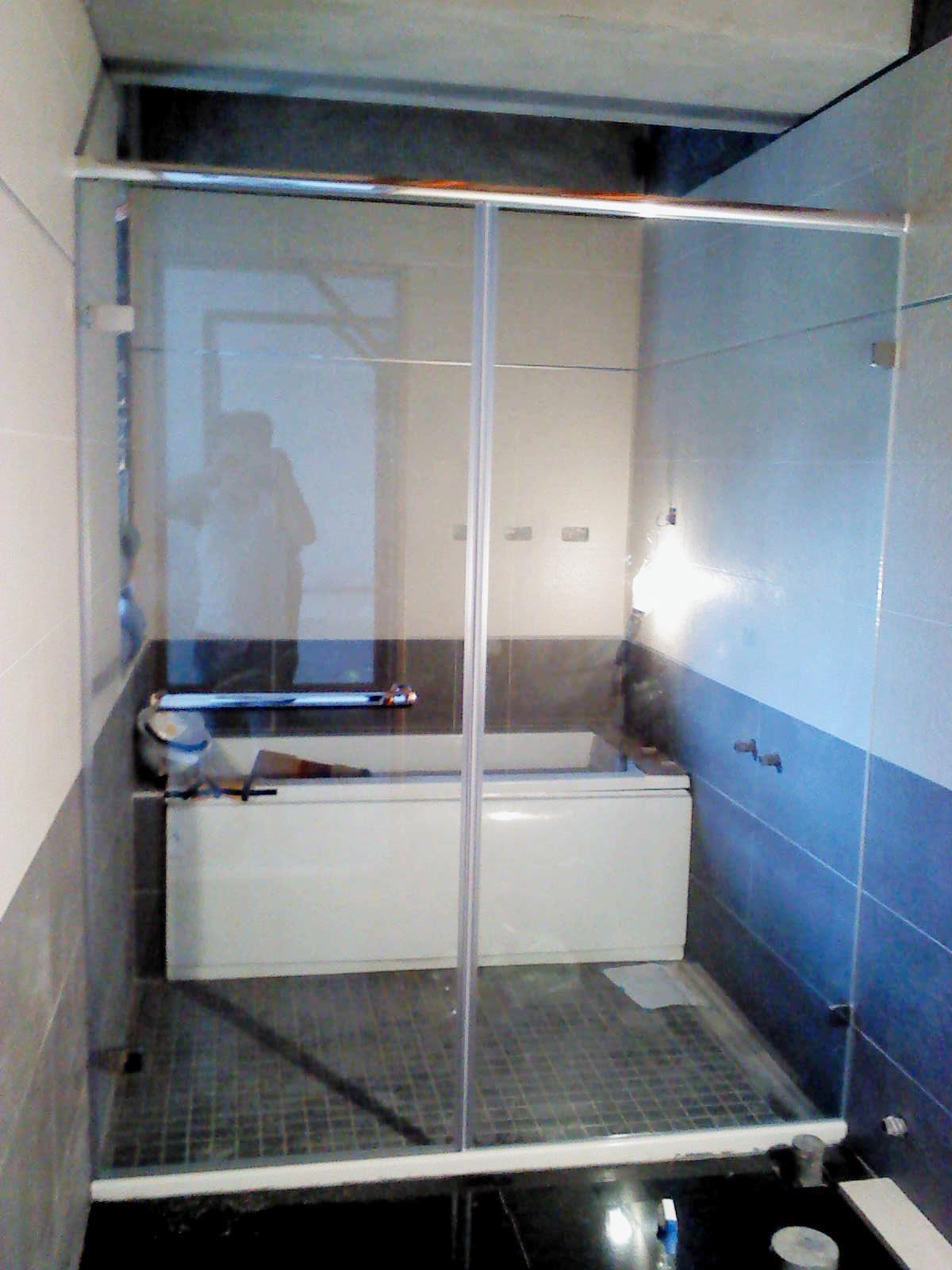 規劃一個乾濕分離的空間,挑選哪一種淋浴拉門?!-淋浴拉門
