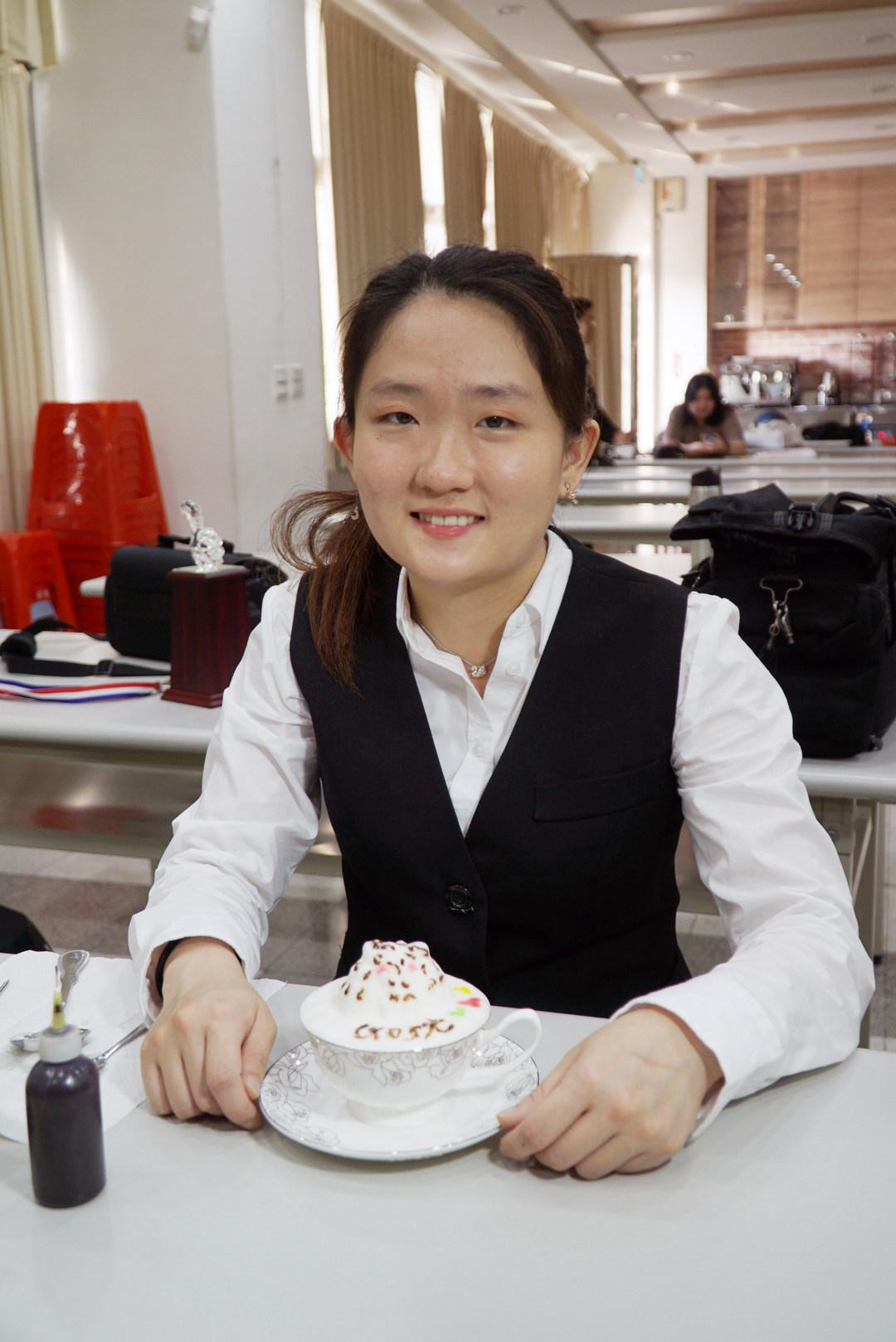 大葉大學烘焙學程  咖啡拉花比賽佳績頻傳-大葉大學