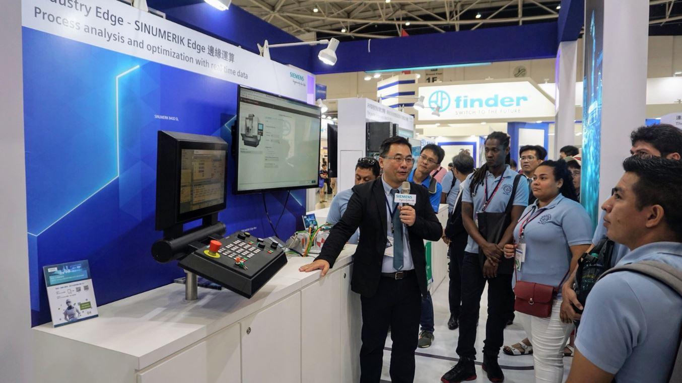 自動化工業展初體驗 聖約翰科大友邦職訓學員參訪台灣西門子-2019台北國際自動化工業大展