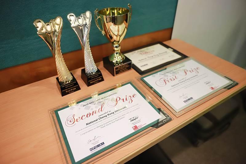 成功大學工程科學系團隊 全球學生電腦競賽屢獲佳績-成功大學工程科學系