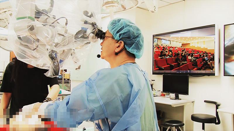 成大醫學院創新教室突破性示範教學 遠端連線模擬臨床手術-成大醫學系