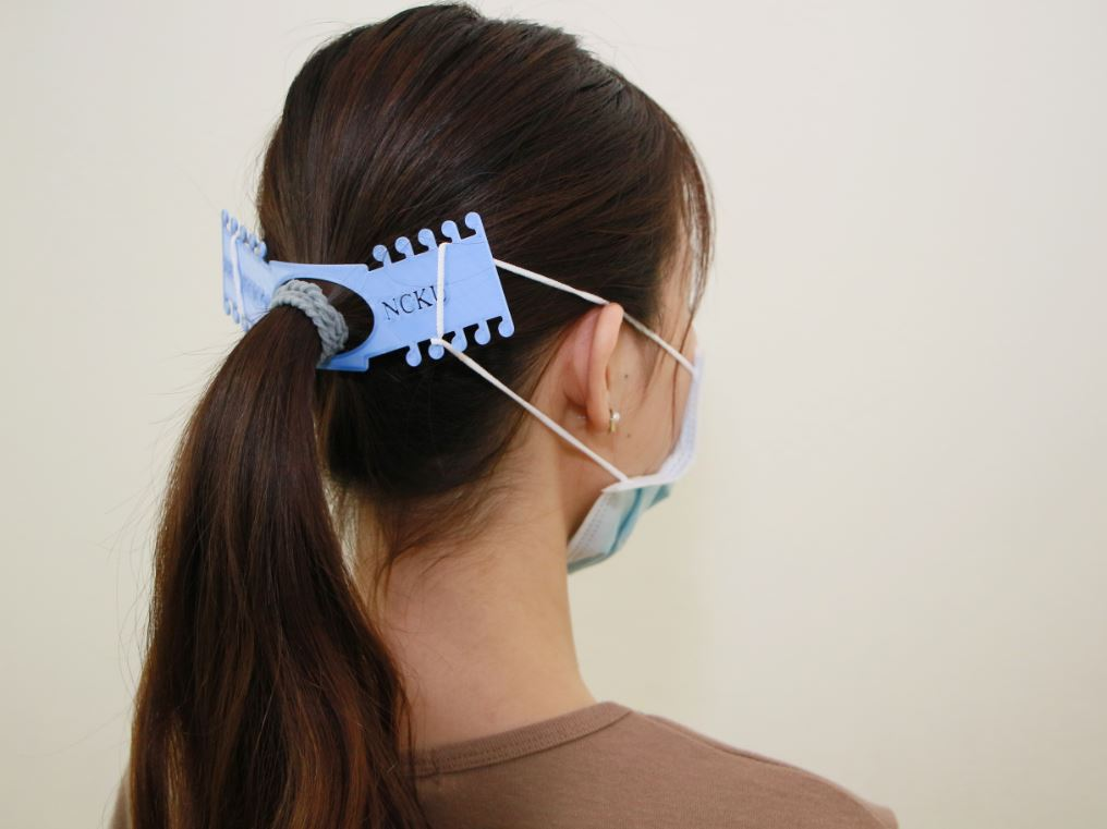 成大Maker Factory創客工廠製作「口罩減壓墊」 號召全台創客一同挺醫護-3D列印