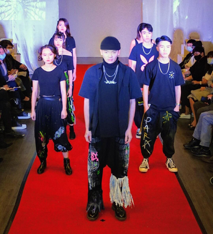 製作展演一手包 聖約翰科大時尚秀演繹學生設計成果-時尚經營管理系