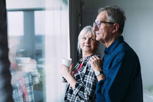 符合自請退休要件勞工經雇主合法終止契約者,應否向雇主為退休意思表示,始得請領適用勞動基準法退休金制度年資之退休金?|簡文成專欄-HR