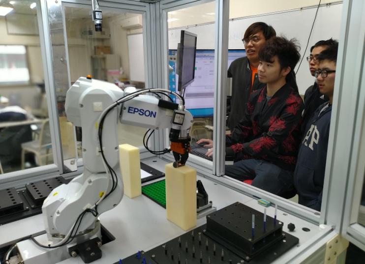 搶AI先機 聖約翰科大109學年度增設人工智慧應用學士學位學程-人工智慧