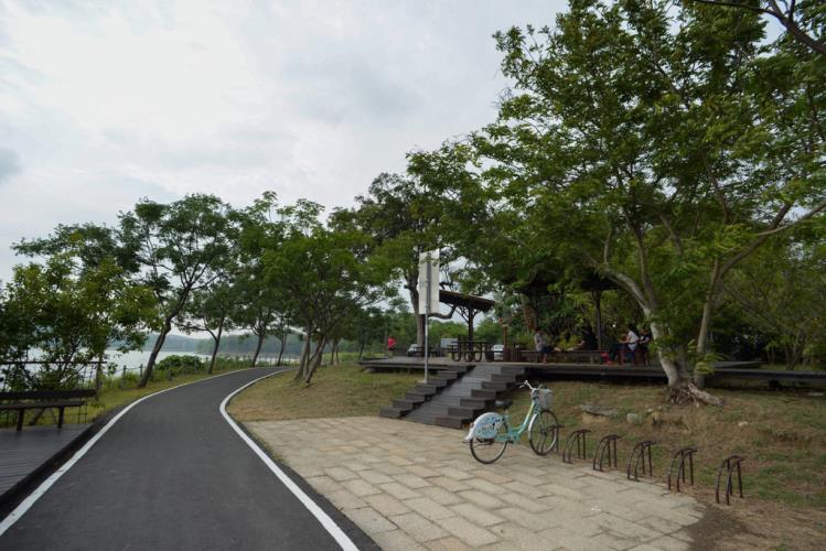 岡山景點-阿公店水庫自行車道
