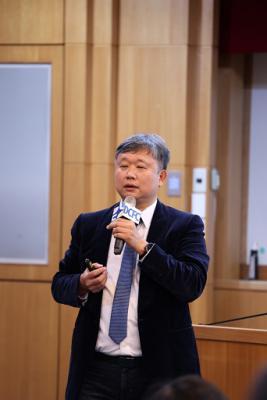 東吳論壇探討區塊鏈應用與挑戰 林蔚君教授:鏈接全球市場-巨量資料管理學